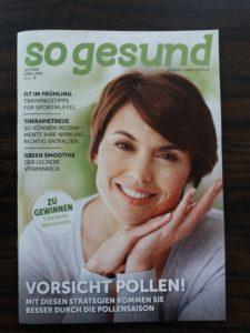 """Capa da revista """"so gesund"""" estampando mulher de meia idade e matéria principal """"vorsicht pollen"""""""
