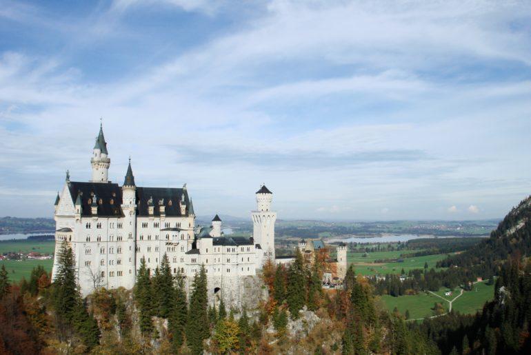 Por que existem tantos castelos na Alemanha?